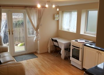 Thumbnail 1 bedroom flat to rent in Cotefield, Luton