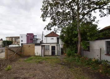 Thumbnail 1 bed flat to rent in London Road, Wickford, Essex