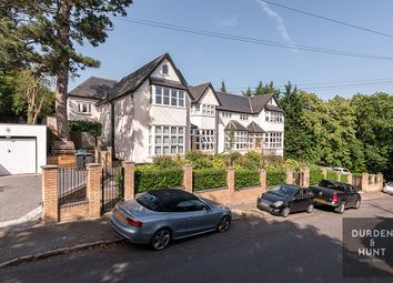 Thumbnail 2 bed flat to rent in Albion Hill, Loughton