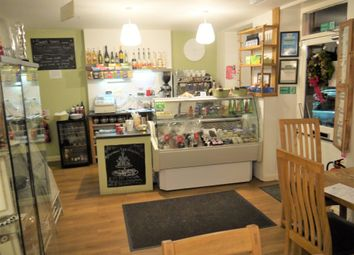 Thumbnail Restaurant/cafe for sale in Cafe & Sandwich Bars S36, Penistone, South Yorkshire