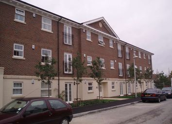 Thumbnail 2 bedroom flat to rent in Jago Court, Newbury