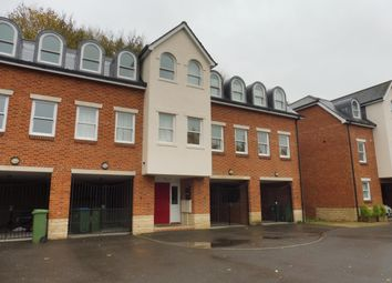 Thumbnail 2 bed flat to rent in Sandmartin Close, Buckingham