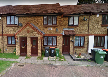 Thumbnail 2 bedroom property to rent in Highfields Close, Dunstable