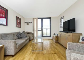 Thumbnail 2 bed town house to rent in Southwark Bridge Road, London