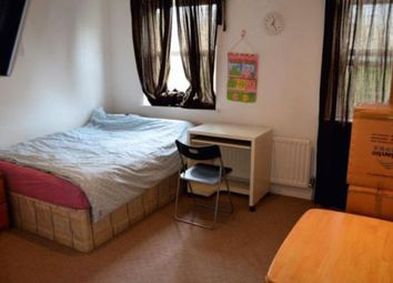 Thumbnail 5 bed triplex to rent in Brunel Road, London