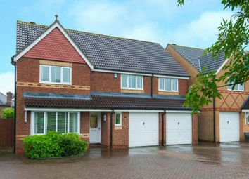 Thumbnail 5 bed detached house for sale in Richardson Crescent, Cheshunt, Waltham Cross