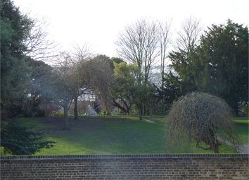 Thumbnail 3 bed flat to rent in Broadway West, Leigh On Sea, Leigh On Sea