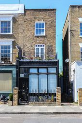 Mortimer Road, London N1. 2 bed flat for sale