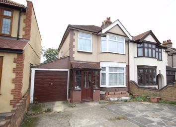 4 bed property for sale in Collier Row Lane, Collier Row RM5