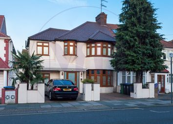 Thumbnail 1 bed flat to rent in Park Avenue North, London