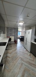 6 bed shared accommodation to rent in Beverley Road, Hull HU6