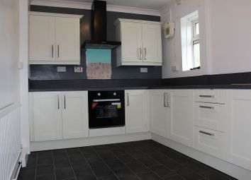 Thumbnail 3 bed property to rent in Park Road, Moorends, Doncaster