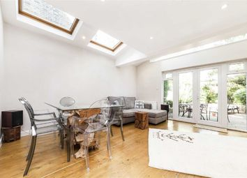 Thumbnail 2 bed flat to rent in Barrowgate Road, London