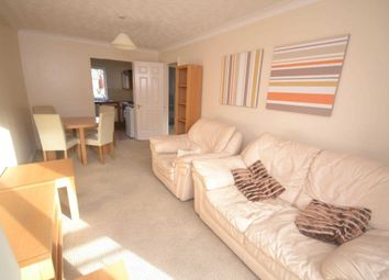Thumbnail 2 bedroom flat to rent in Sidmouth Street, Reading