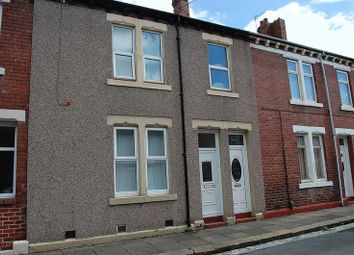 Thumbnail 2 bedroom flat to rent in Percy Street, Wallsend