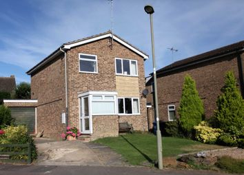 Thumbnail 3 bed detached house for sale in Spinney Drive, Banbury