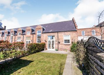 Thumbnail 2 bed town house for sale in Newborough Street, York
