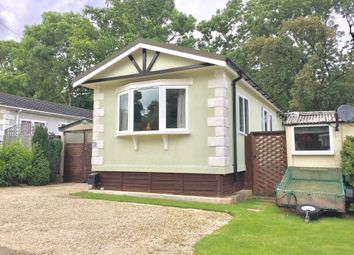 Thumbnail 3 bed mobile/park home for sale in Pebble Hill, Radley, Abingdon