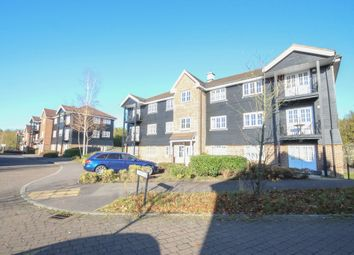 Thumbnail 2 bedroom flat to rent in Worldham House, Twyford Close, Fleet