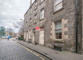 Thumbnail 1 bed flat to rent in West Crosscauseway, Edinburgh