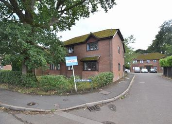 Sandy Lane, Church Crookham, Fleet GU52. 2 bed flat