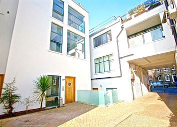 Thumbnail 1 bed duplex to rent in Shepperton Road, Islington