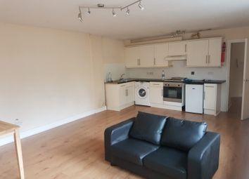 Thumbnail 1 bed flat to rent in Regarth Avenue, London, Romford