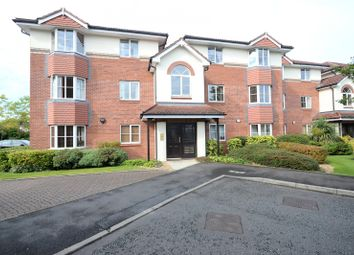2 bed flat to rent in Tiverton Drive, Wilmslow SK9