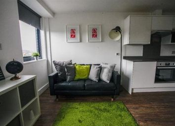 Thumbnail 3 bedroom flat to rent in Willoughby Road, London