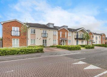 Elliott Avenue, Ruislip Manor, Ruislip HA4. 2 bed flat