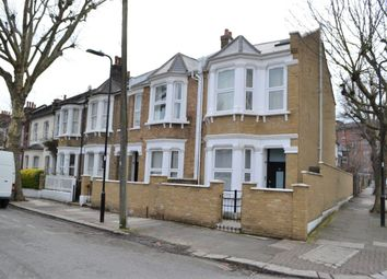 3 bed maisonette to rent in Newton Avenue, South Acton, London W3