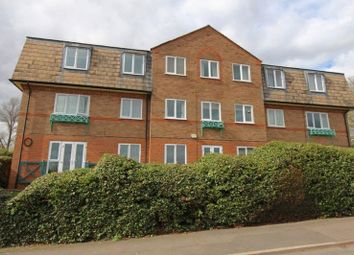 Thumbnail 2 bed flat to rent in Redcot Gardens, Stamford