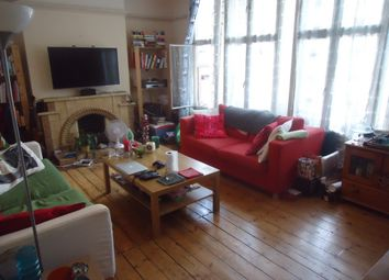 Thumbnail 1 bed flat to rent in Archway Road, Highgate