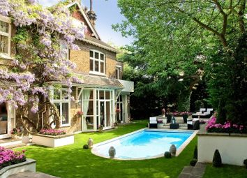 Thumbnail 7 bed detached house to rent in Frognal, Hampstead, London