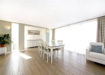 Thumbnail 2 bed flat to rent in Kintyre House, Cold Harbour, Canary Wharf, London