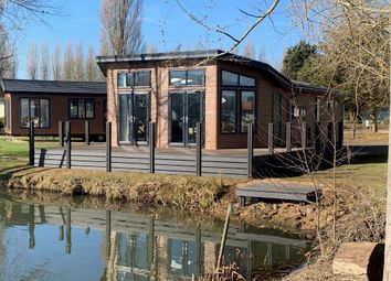 3 bed lodge for sale in Crow Lane, Gt Billing NN3