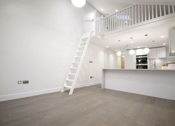 Thumbnail 3 bed flat to rent in Grove Avenue, London