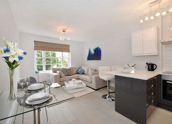 Thumbnail 2 bedroom flat for sale in Knoll House, London