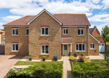 Thumbnail 5 bed property for sale in Middle Farm Close, Chieveley, Newbury