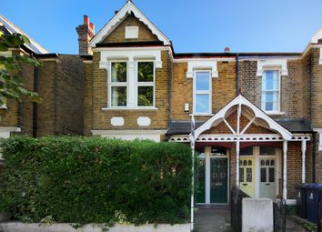 Thumbnail 2 bed flat for sale in Temple Road, London