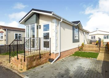 2 bed property for sale in Albert Avenue, Penton Park, Chertsey KT16
