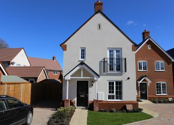 Thumbnail 3 bed detached house for sale in Coppins Close, Berkhamsted