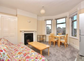 Thumbnail 2 bed flat to rent in Lakefield Road, Turnpike Lane, London