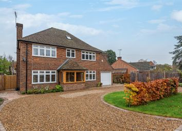 Thumbnail 5 bed property to rent in Manor Close, East Horsley, Leatherhead