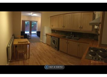 Room to rent in Gassiot Road, London SW17