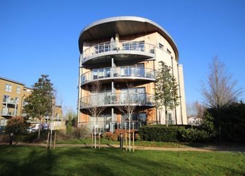 Thumbnail 2 bed flat to rent in Blagrove Road, Teddington