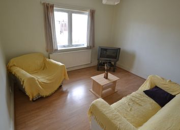 Thumbnail 3 bedroom flat to rent in Princes Street, Roath, Cardiff
