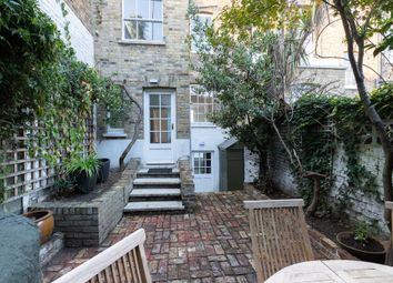 Thumbnail 4 bed property to rent in Queensdale Road, Notting Hill, London