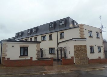 Thumbnail 1 bed flat to rent in Hazelbury Crescent, Bury Park
