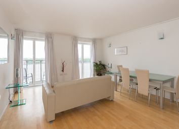 Thumbnail 1 bedroom flat to rent in Hutchings Street, Canary Wharf